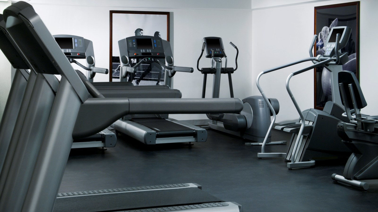 Toronto Hotel Features - Fitness Centre